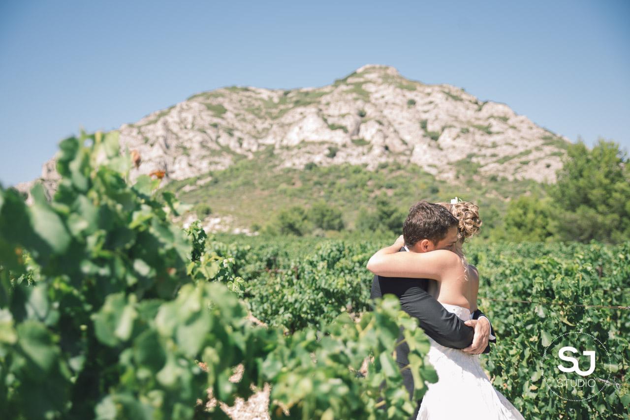 Mariage Mas des Thyms Baux de Provence Photographe de Mariage-10