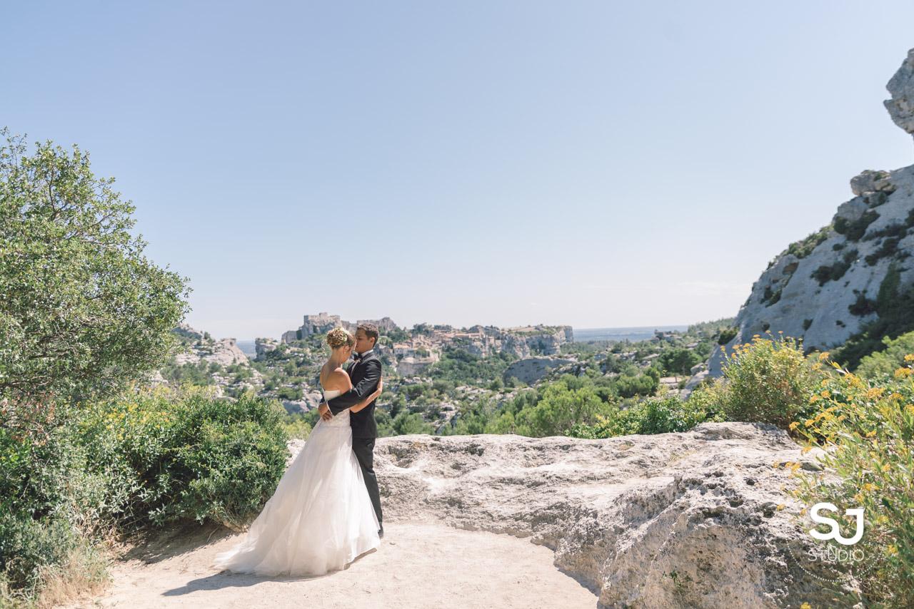 mariage mas des thyms baux de provence photographe de mariage 14 - Mariage Mas Provencal