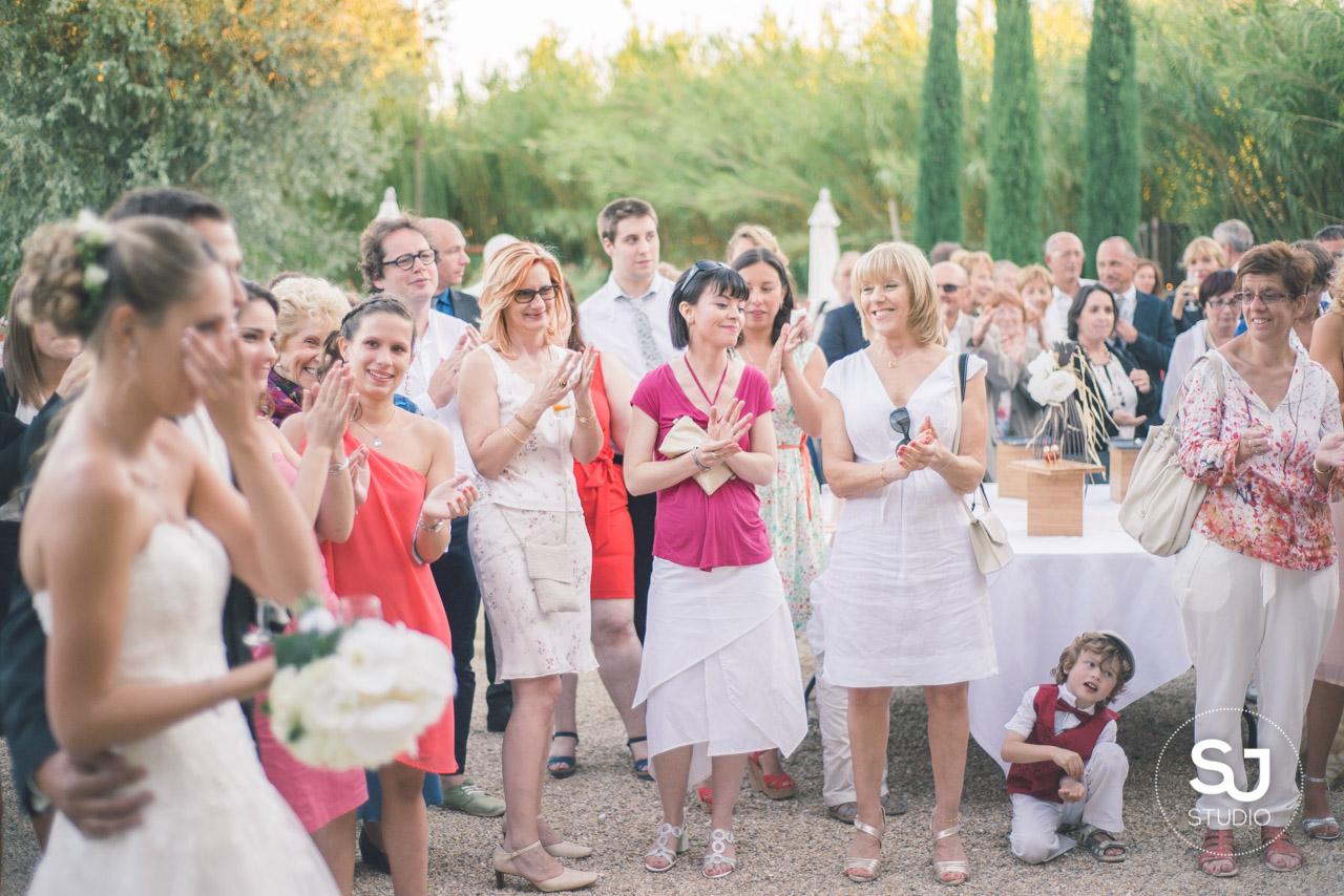 Mariage Mas des Thyms Baux de Provence Photographe de Mariage-33