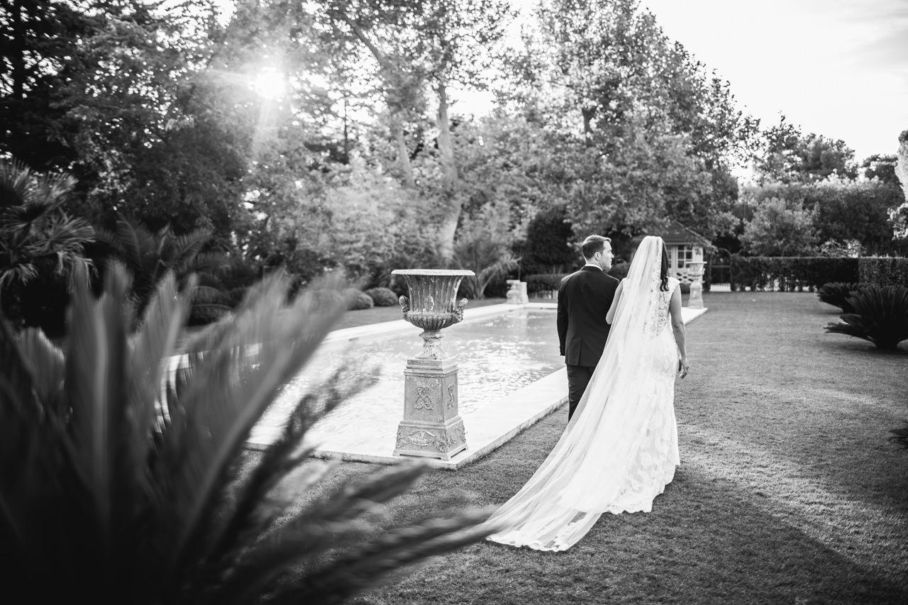 Wedding at Chateau Estoublon Sebastien CABANES French wedding photographer photographe de mariage en provence