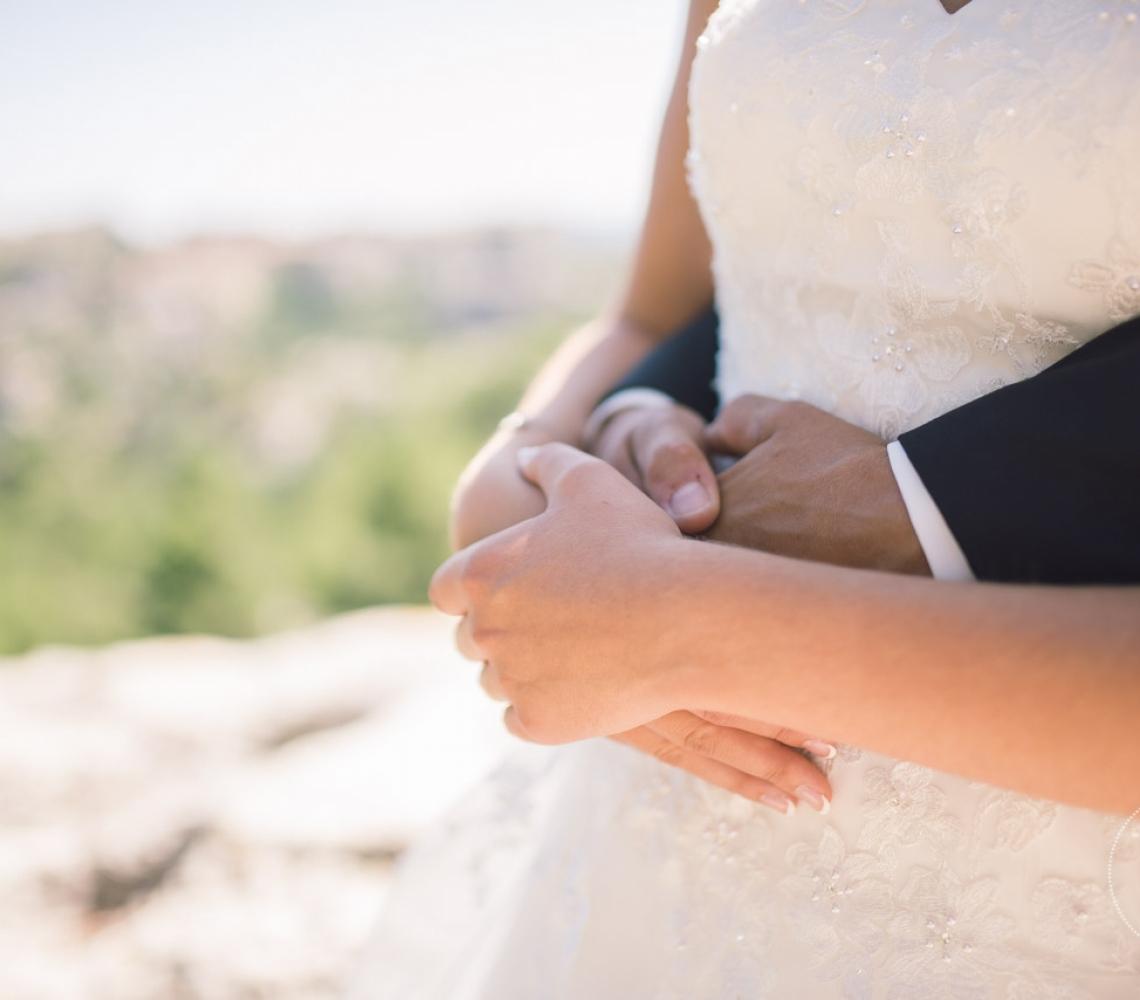 Mariage Mas des Thyms Baux de Provence Photographe de Mariage-13